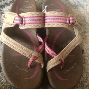 Abeo Topanga sandal
